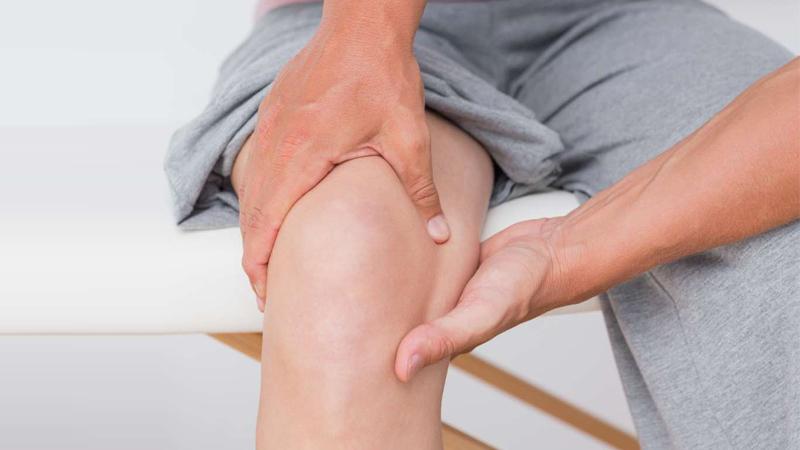 درمان آرتروز زانو چیست؟
