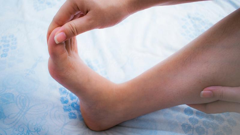 تشخیص و درمان سوزش دست و پا (پارستزی)